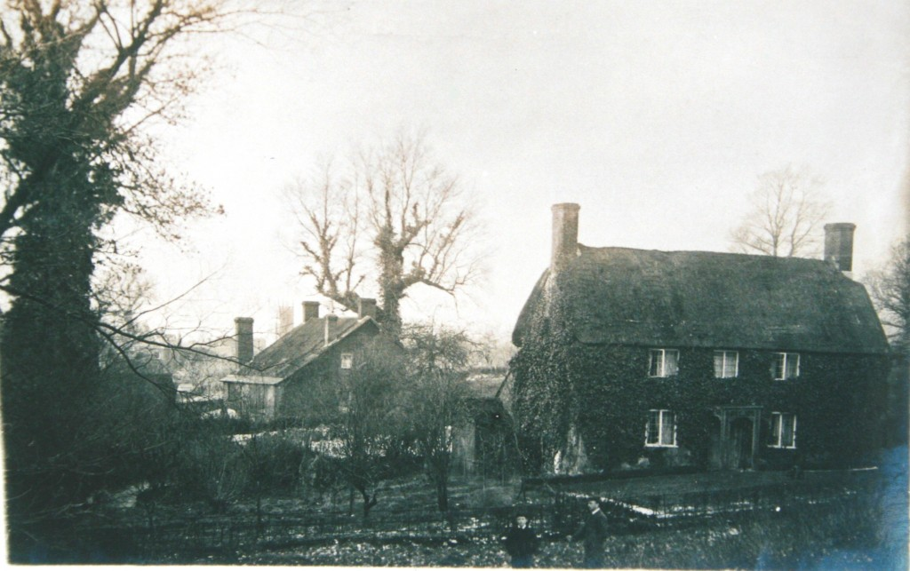 Cottage at Middle Mill with No 33 Mill Street in the background